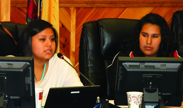 Taylor Nelson and Lou Montelongo, both members of the Junaluska Leadership Council, are shown at a Meet the Candidates Forum for Birdtown on Tuesday, May 12 in the Tribal Council Chambers.  (SCOTT MCKIE B.P./One Feather photos)