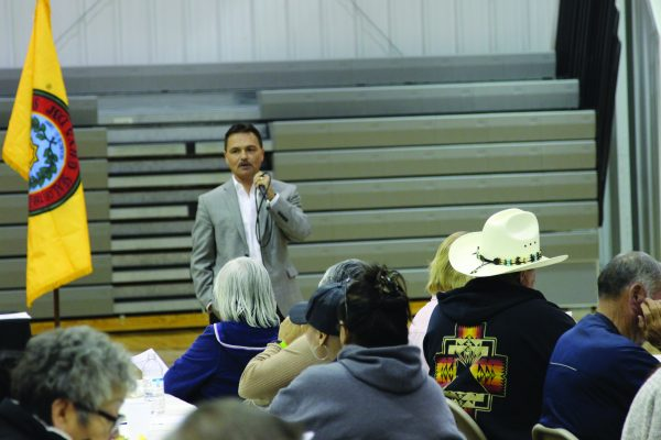 MEETING: Principal Chief Patrick Lambert speaks during a Town Hall Meeting he hosted at the Birdtown Gym on Thursday, Nov. 10. (ROBERT JUMPER/One Feather)